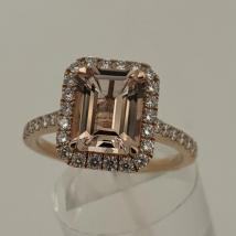 18k Rose Gold Morganite 1.75 carat Dia. .36